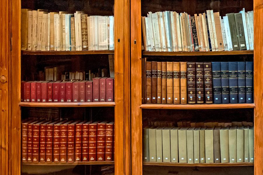 bookcase4